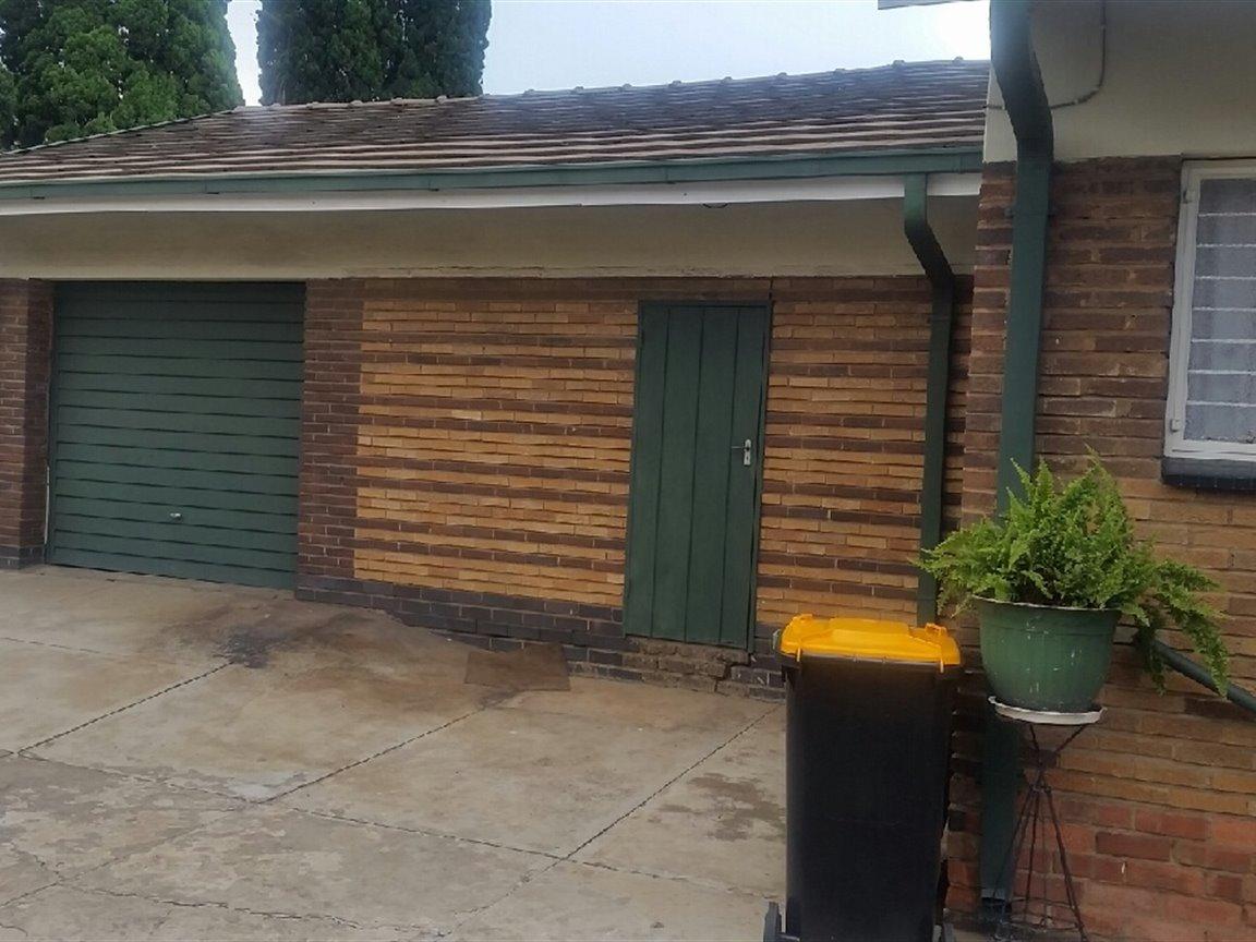Arcon Park property for sale. Ref No: 13298922. Picture no 7