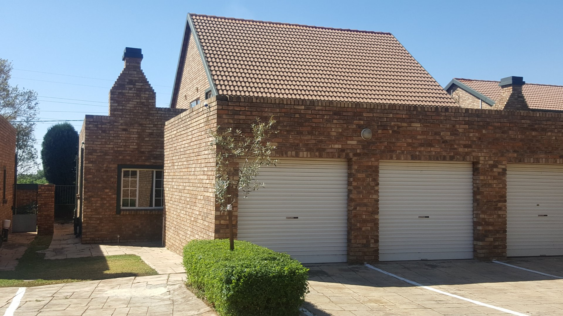 Centurion, Die Hoewes Property  | Houses To Rent Die Hoewes, Die Hoewes, Townhouse 3 bedrooms property to rent Price:, 11,00*