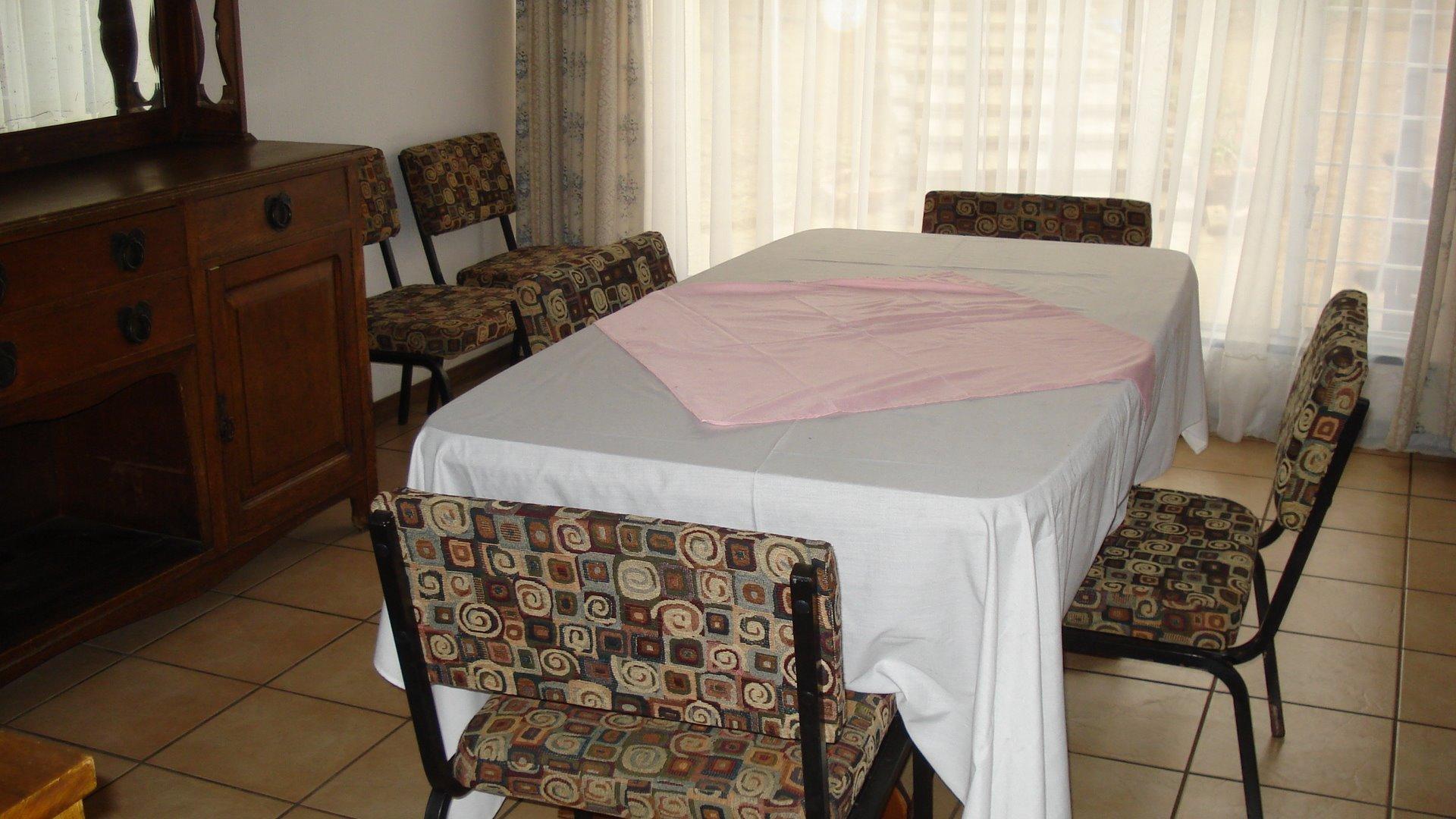 Randpark Ridge property for sale. Ref No: 13518117. Picture no 4