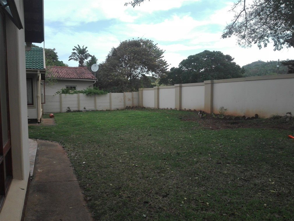 Umtentweni property for sale. Ref No: 13520888. Picture no 30