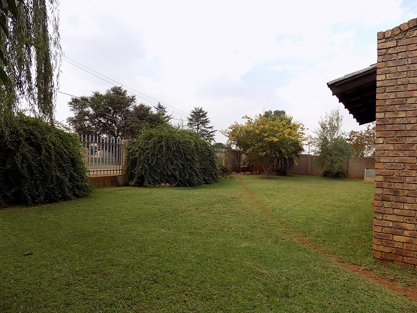 Withok Estate property for sale. Ref No: 13711217. Picture no 3