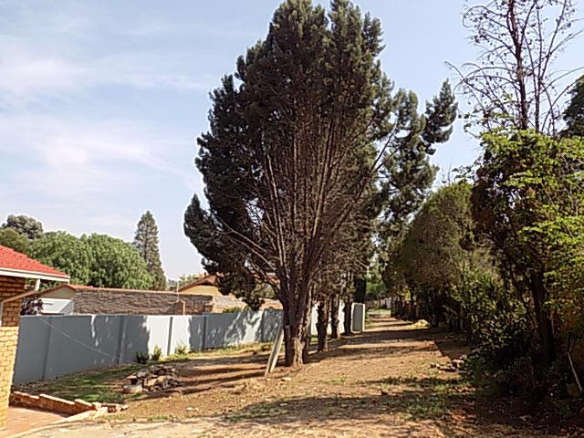 Naturena property for sale. Ref No: 13552045. Picture no 5