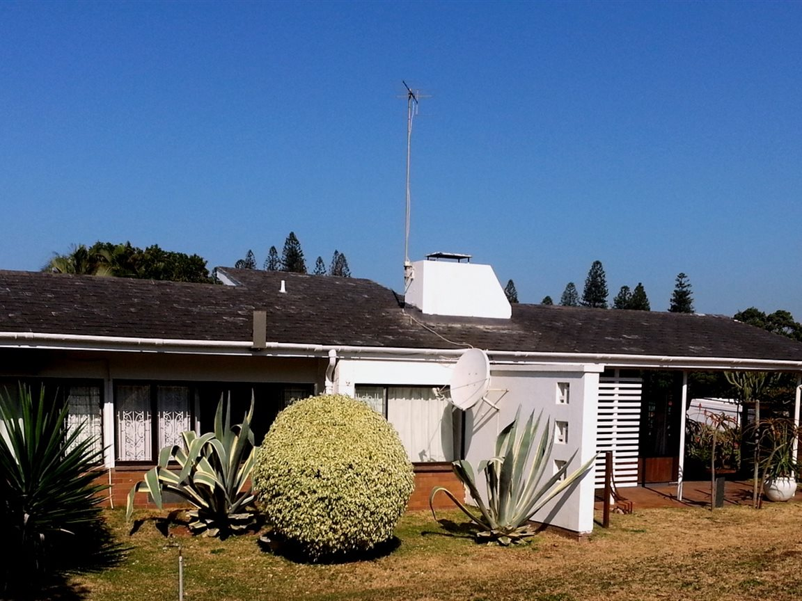 Umkomaas property for sale. Ref No: 12798074. Picture no 33