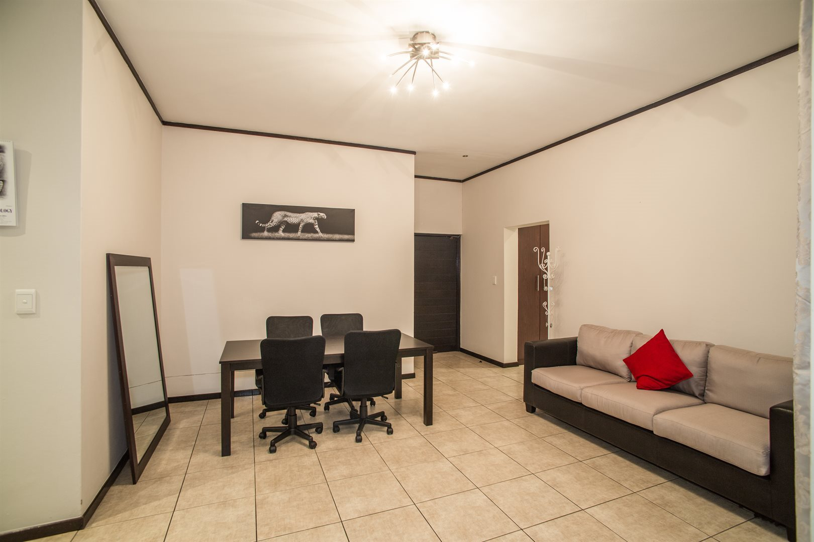 Lonehill property for sale. Ref No: 13529904. Picture no 9