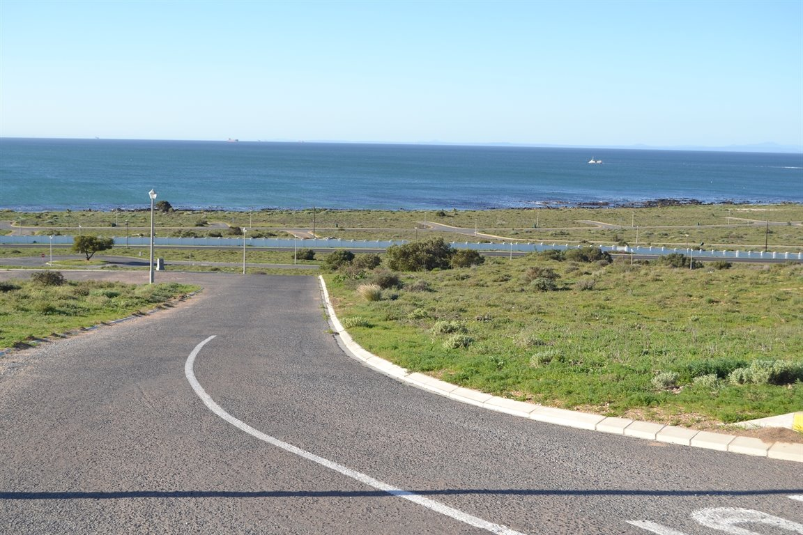 Da Gama Bay for sale property. Ref No: 12787931. Picture no 12