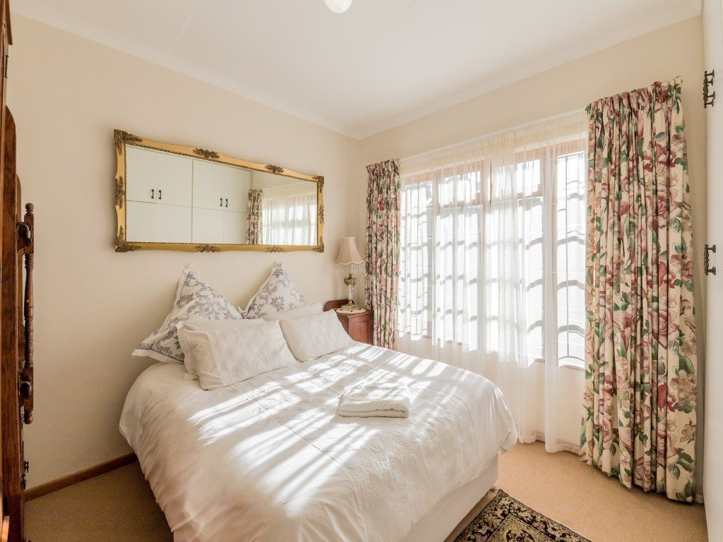 Franschhoek property for sale. Ref No: 13353946. Picture no 10