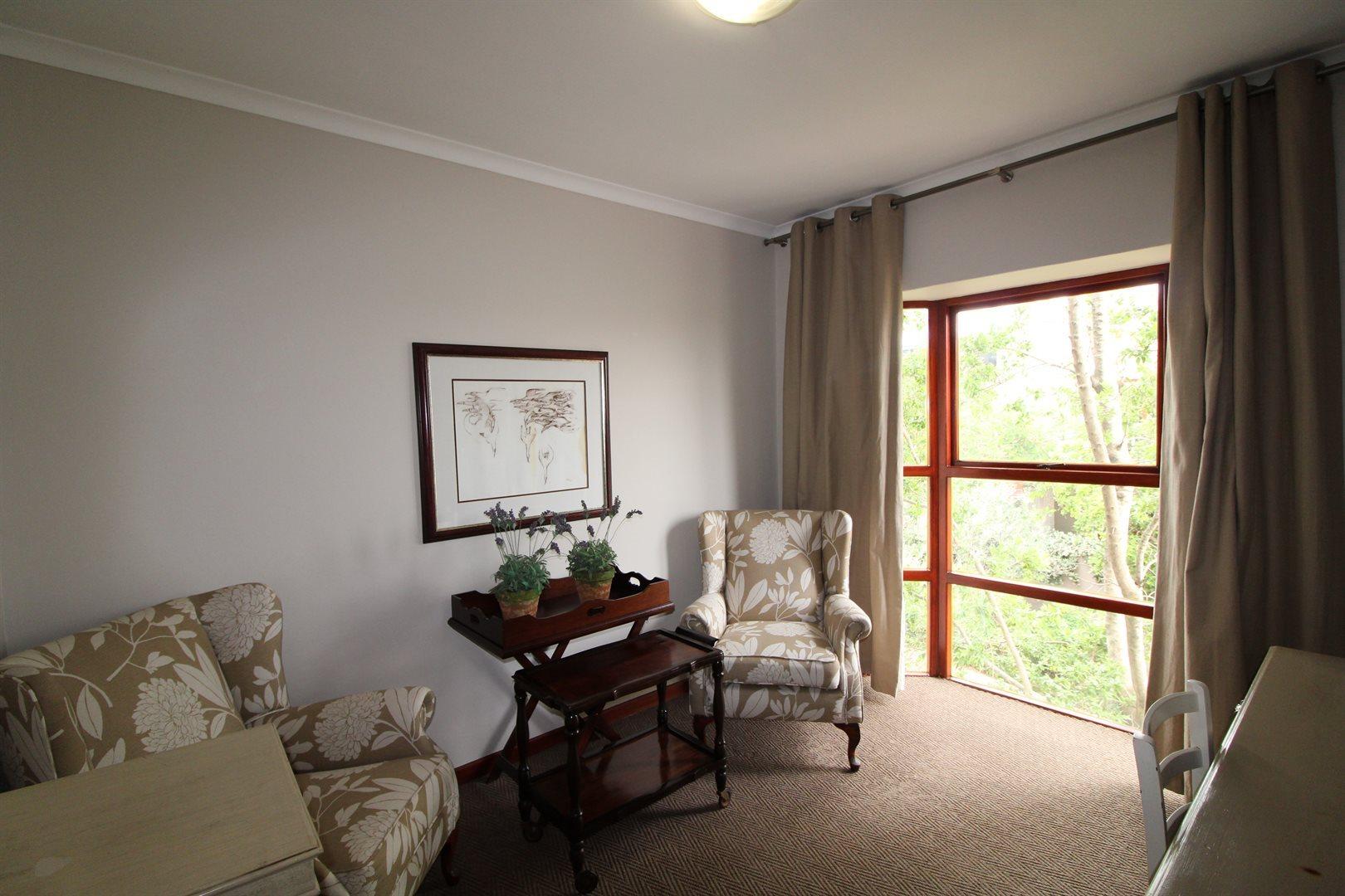 Bryanston property for sale. Ref No: 13551237. Picture no 20