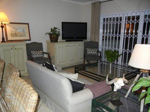 Bryanston property for sale. Ref No: 13551237. Picture no 10