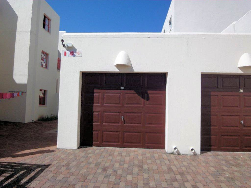 Uvongo property for sale. Ref No: 12774968. Picture no 34