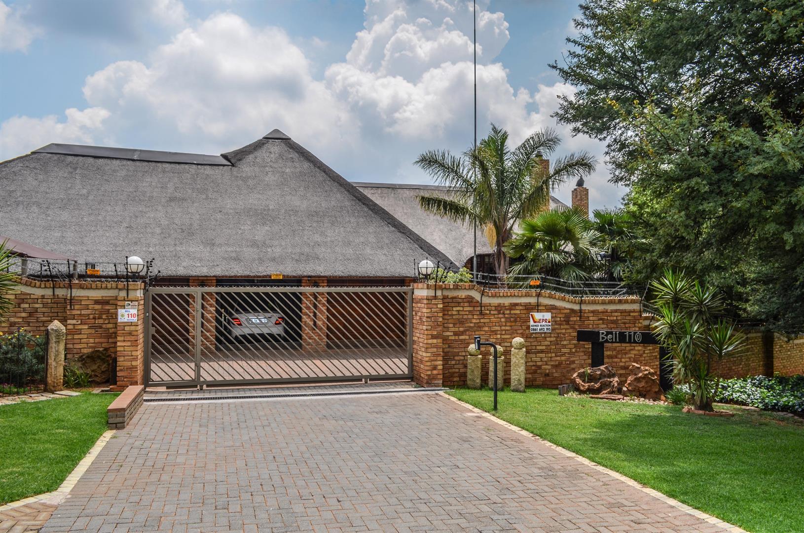 Krugersdorp, Noordheuwel & Ext Property  | Houses For Sale Noordheuwel & Ext, Noordheuwel & Ext, House 4 bedrooms property for sale Price:3,200,000