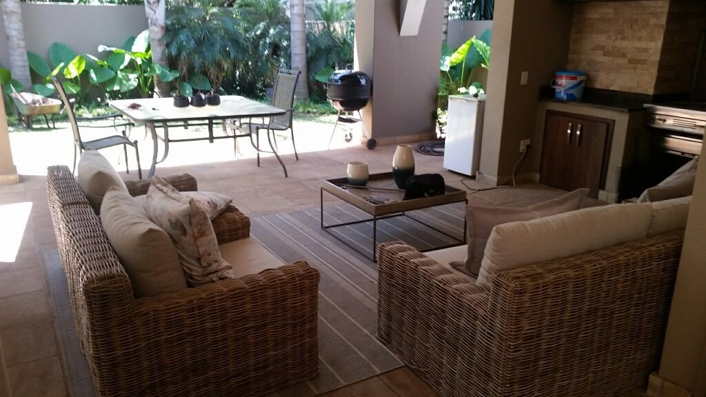 Midstream Estate property for sale. Ref No: 13589581. Picture no 13