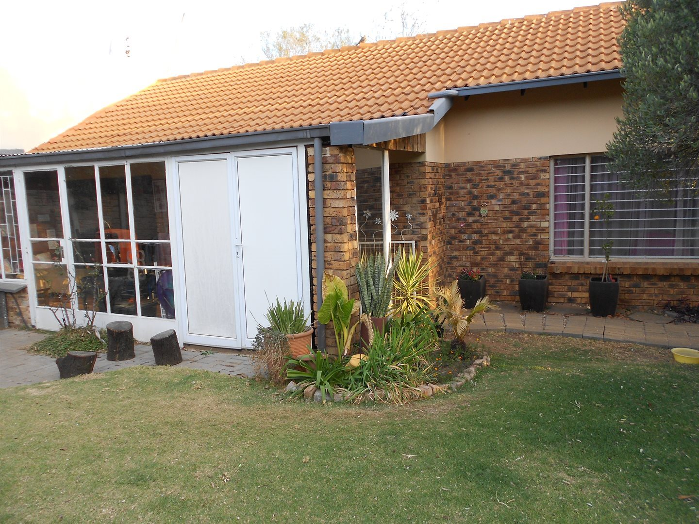 The Reeds property to rent. Ref No: 13525990. Picture no 2
