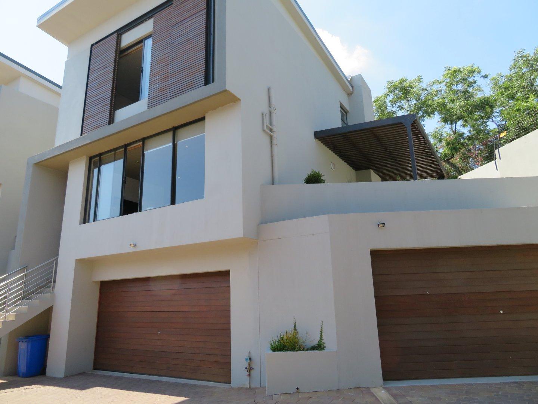 , Townhouse, 2 Bedrooms - ZAR 3,495,000