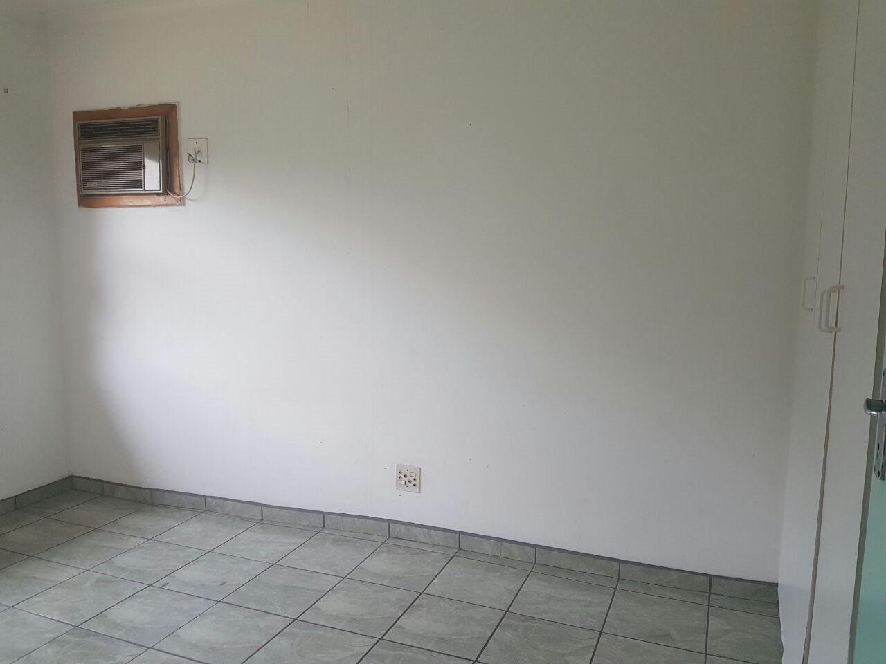 Arboretum property to rent. Ref No: 13514450. Picture no 9