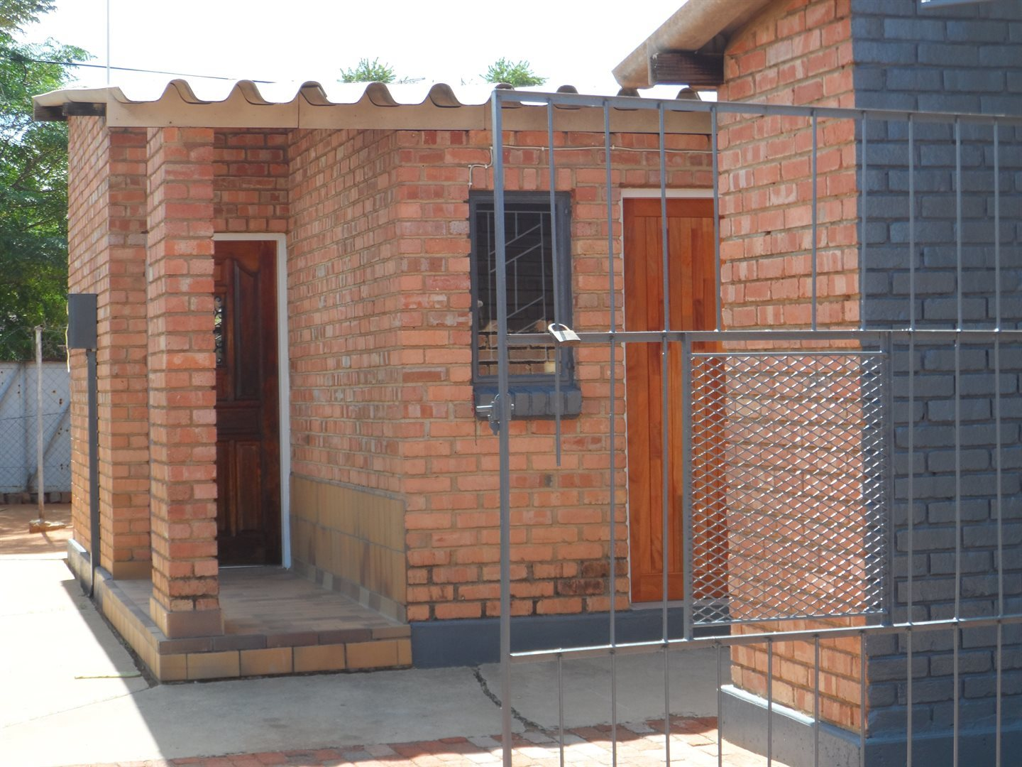 Property and Houses for sale in Northern Cape - Page 7, House, 2 Bedrooms - ZAR 450,000