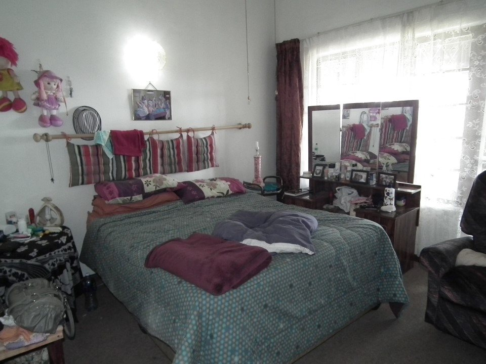 Margate property for sale. Ref No: 13362462. Picture no 20