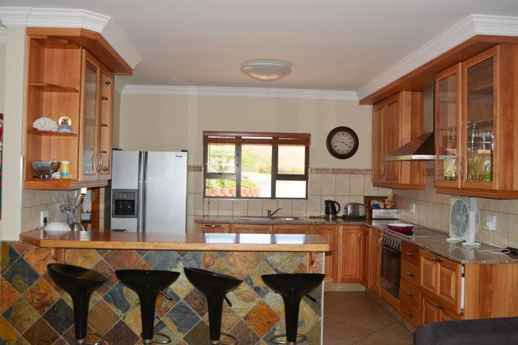 Shelly Beach property for sale. Ref No: 13284586. Picture no 6