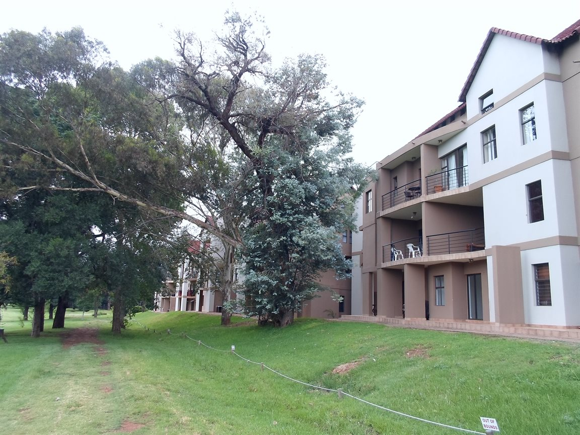 Centurion, Zwartkop Golf Estate Property  | Houses To Rent Zwartkop Golf Estate, Zwartkop Golf Estate, Apartment 2 bedrooms property to rent Price:, 12,00*