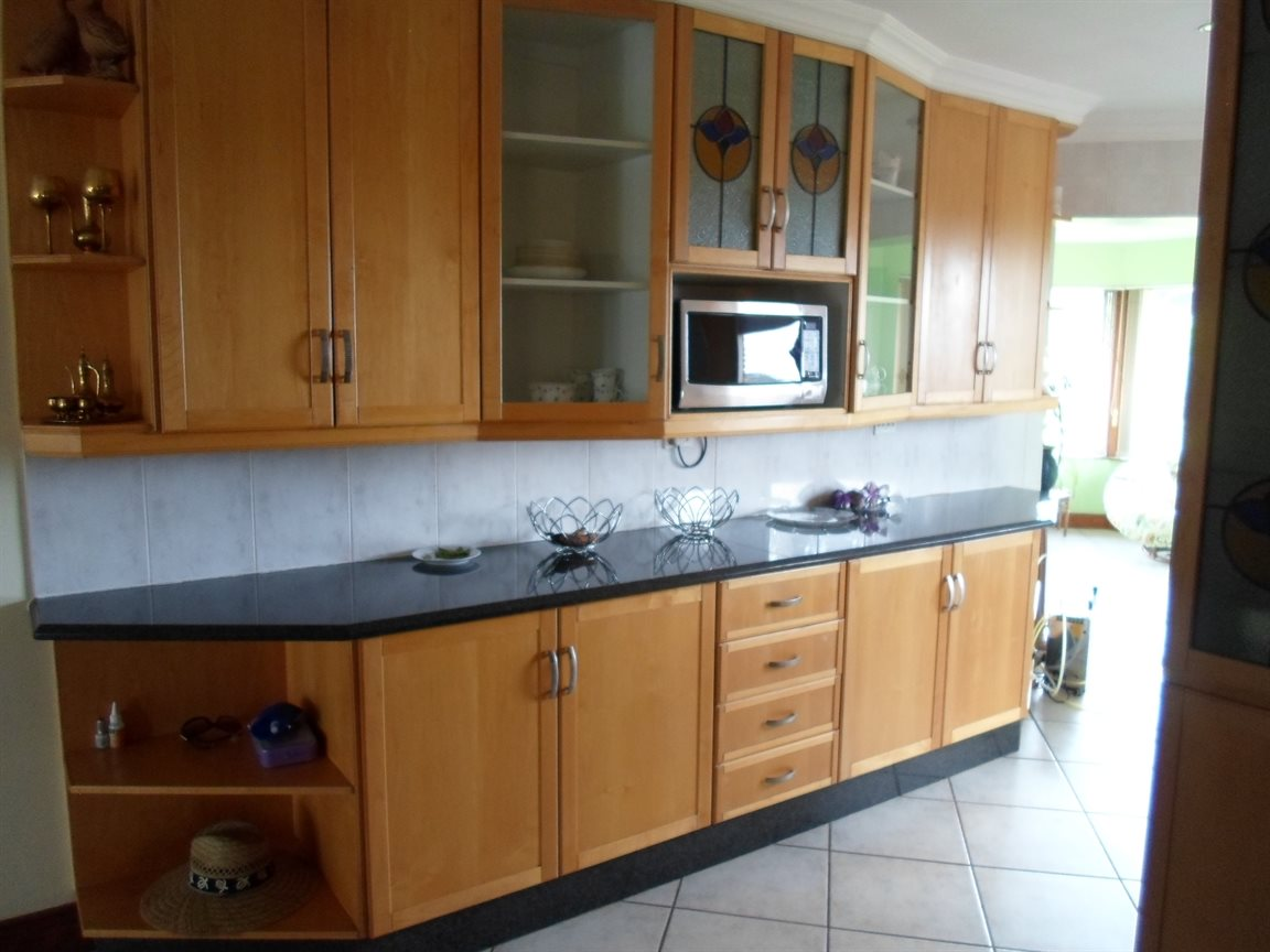Cornwall Hill property to rent. Ref No: 13282082. Picture no 11
