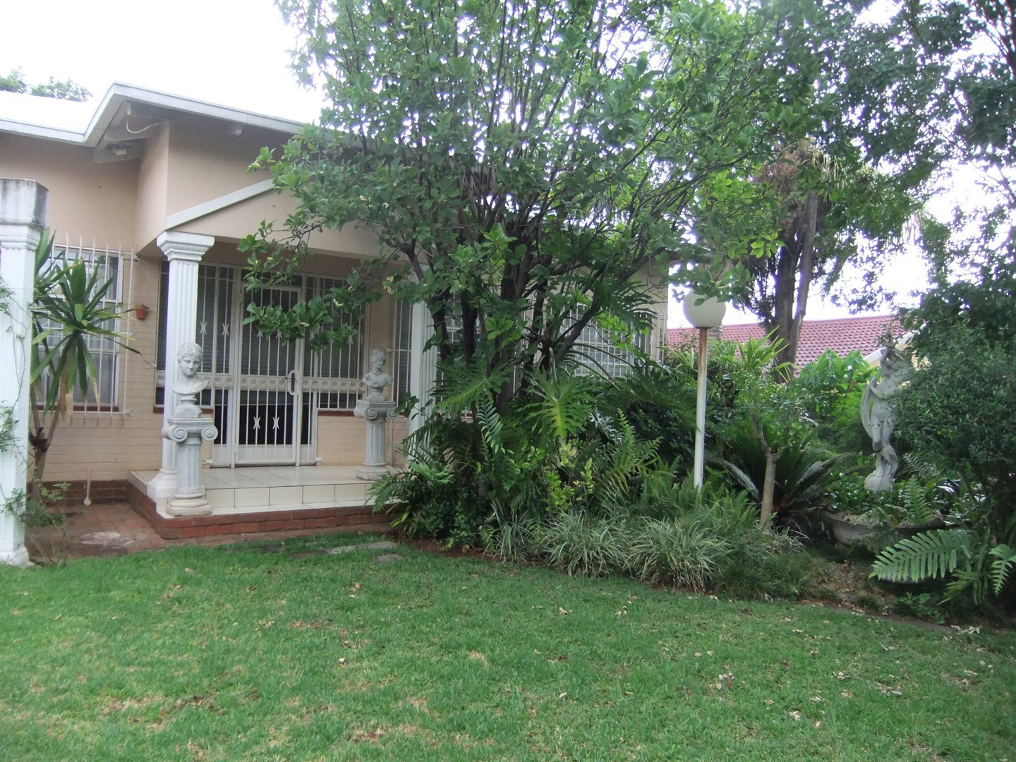 Property and Houses for sale in Wonderboom South, House, 3 Bedrooms - ZAR 2,500,000