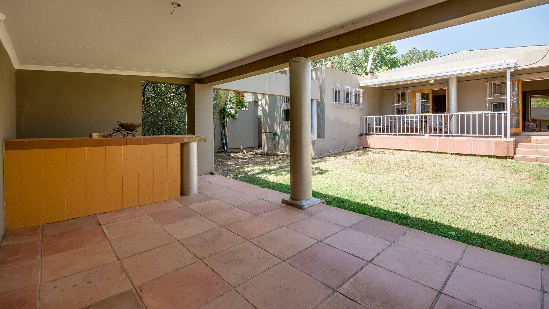 Orange Grove property for sale. Ref No: 13545446. Picture no 13