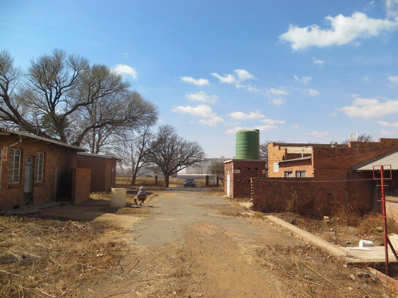 Pretoriusstad property for sale. Ref No: 13529547. Picture no 19