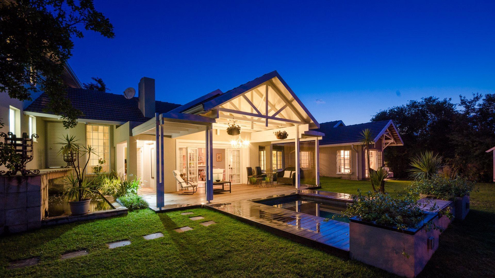 Sandton, Parkmore Property    Houses For Sale Parkmore, Parkmore, House 3 bedrooms property for sale Price:4,750,000