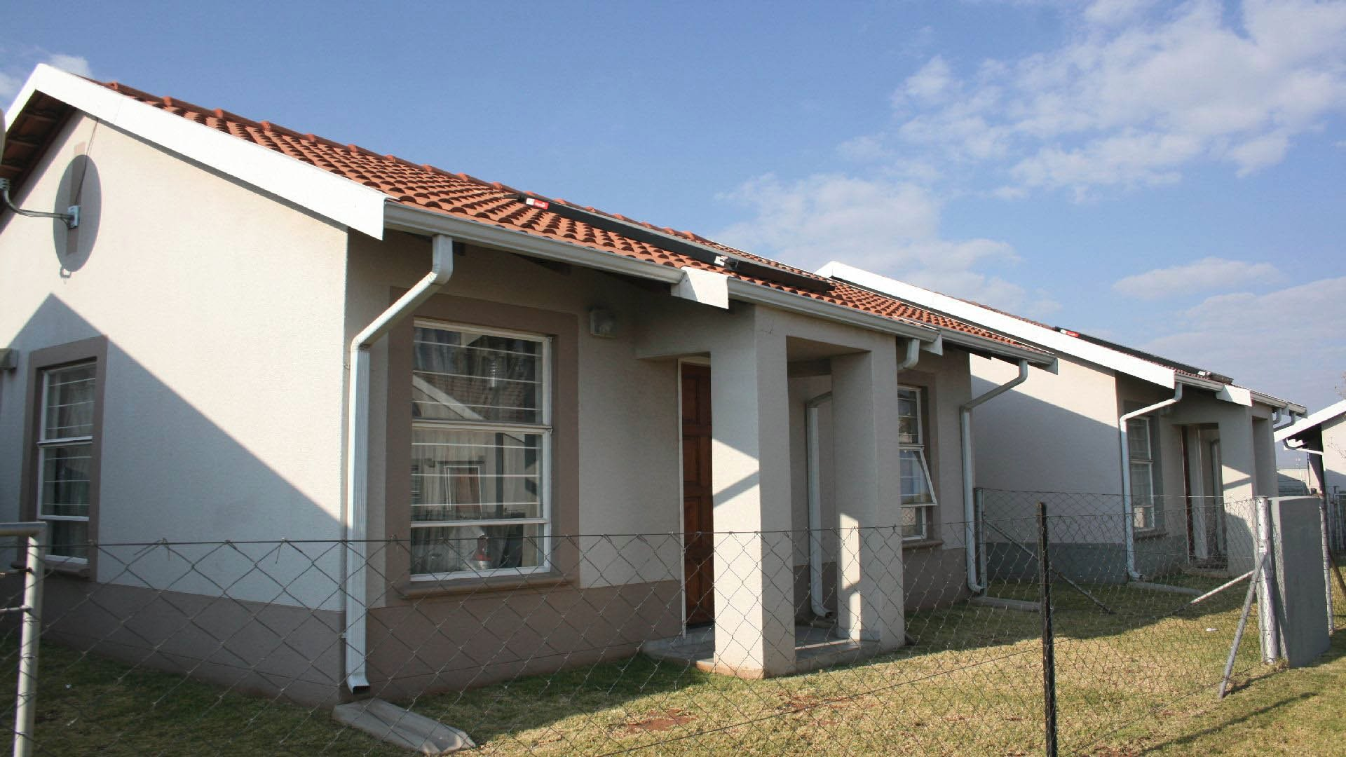 Randfontein property for sale. Ref No: 13504648. Picture no 2