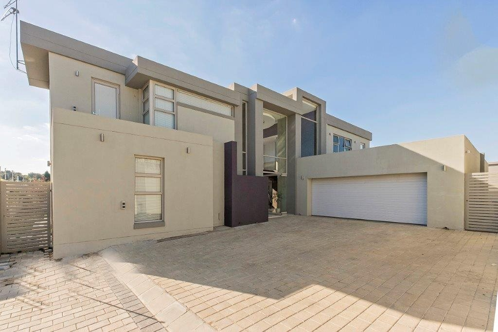 Sandton, Sandown Property  | Houses To Rent Sandown, Sandown, House 4 bedrooms property to rent Price:, 50,00*