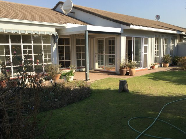 Three Rivers Proper property for sale. Ref No: 13360681. Picture no 1
