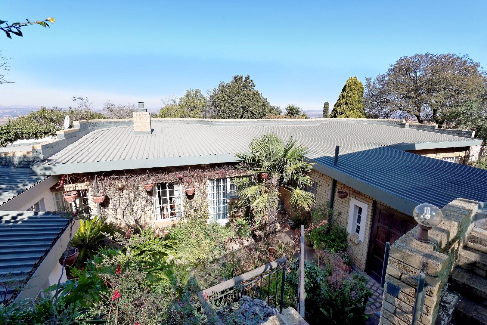 Johannesburg, Naturena Property  | Houses For Sale Naturena, Naturena, House 5 bedrooms property for sale Price:995,000