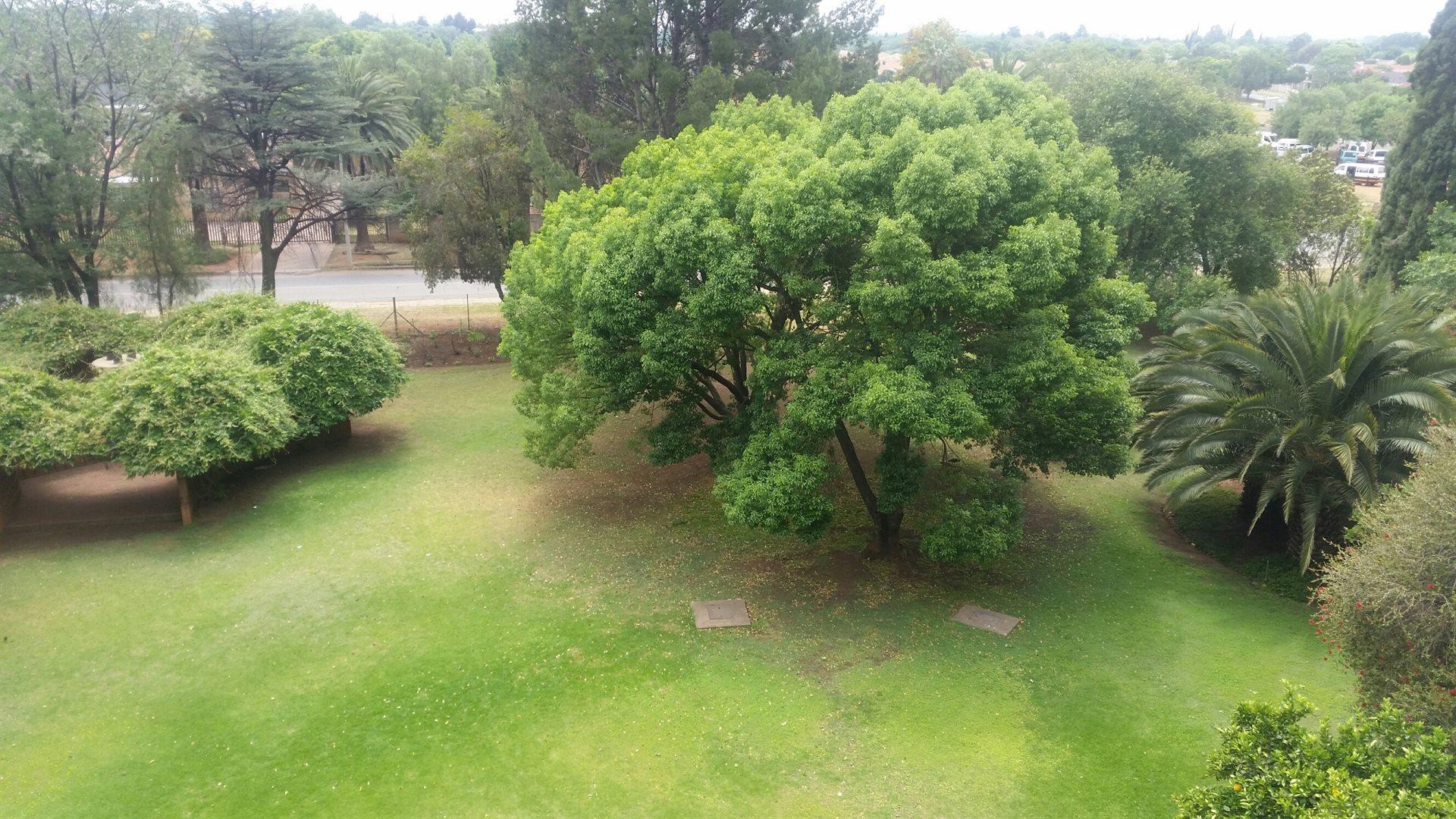 Arcon Park property for sale. Ref No: 13543557. Picture no 7