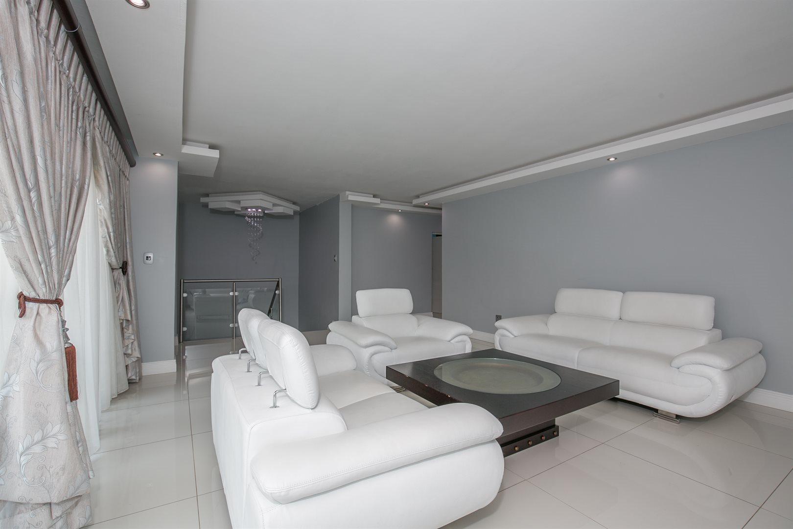 Monavoni property for sale. Ref No: 13577047. Picture no 12