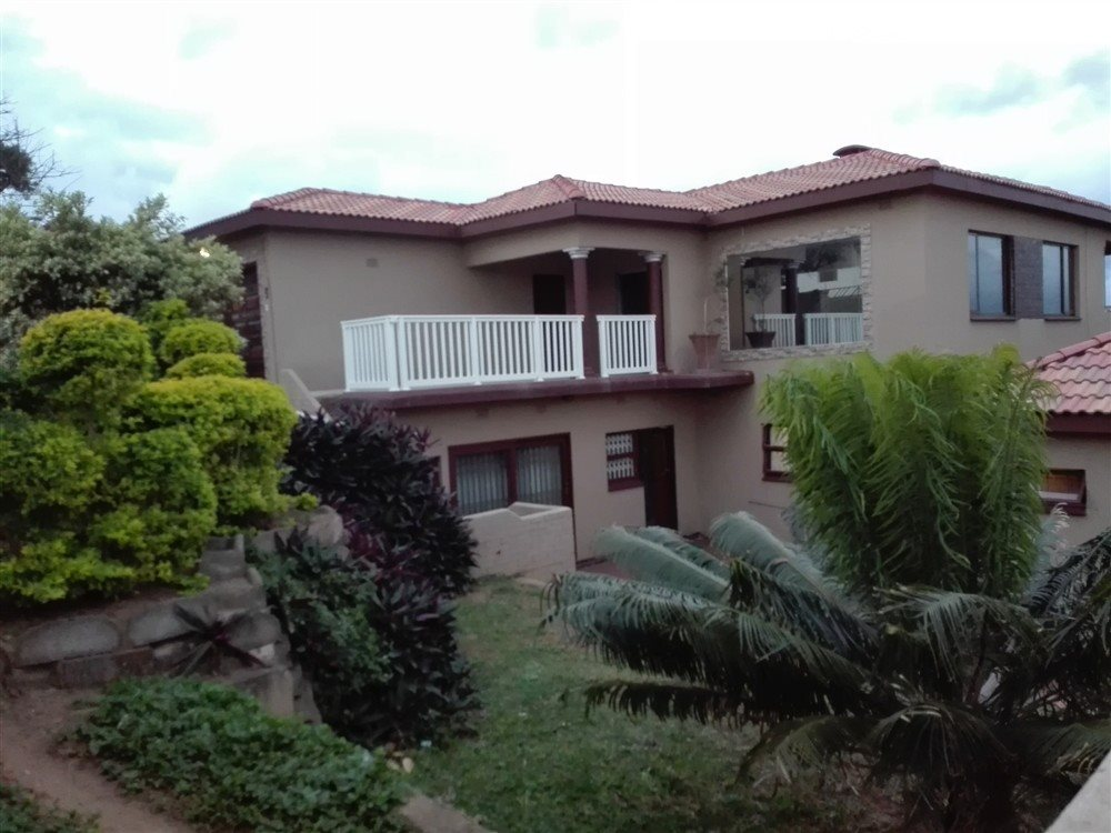 Property and Houses for sale in Port Shepstone, House, 5 Bedrooms - ZAR 2,500,000