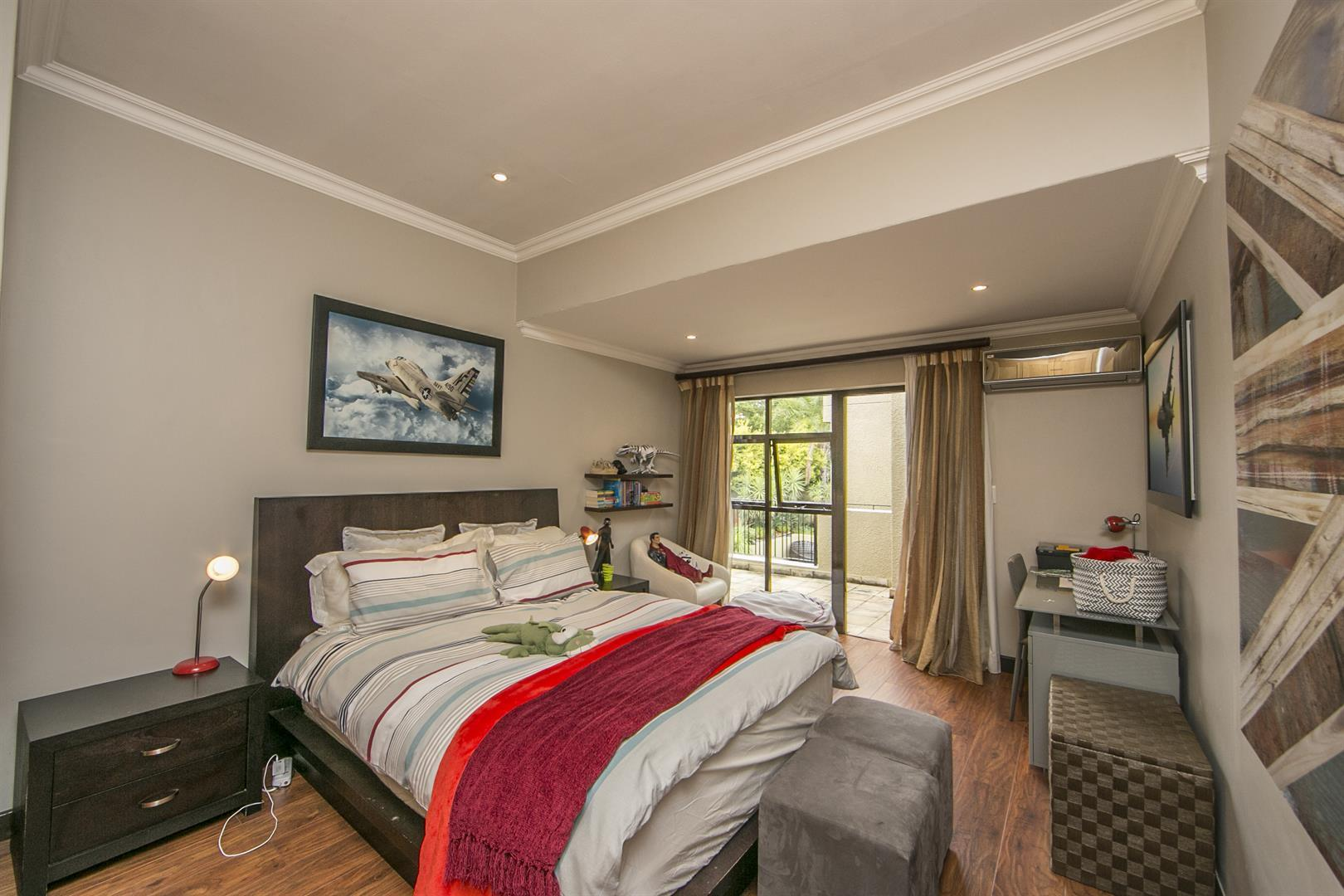 Fernbrook Estate property for sale. Ref No: 13439619. Picture no 15