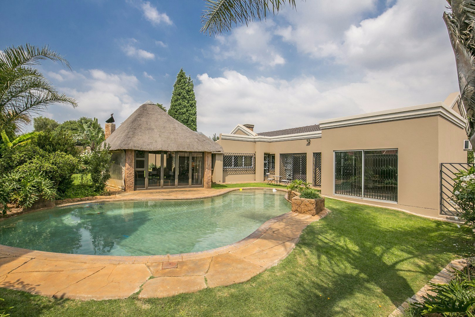 Johannesburg, Mulbarton Property  | Houses For Sale Mulbarton, Mulbarton, House 4 bedrooms property for sale Price:2,950,000