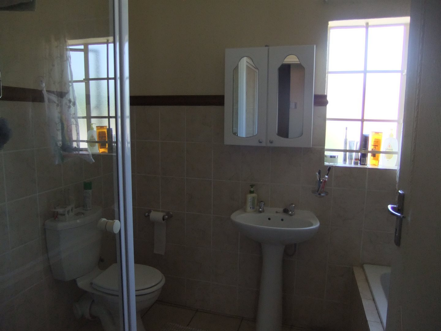 Annlin property for sale. Ref No: 13551854. Picture no 14