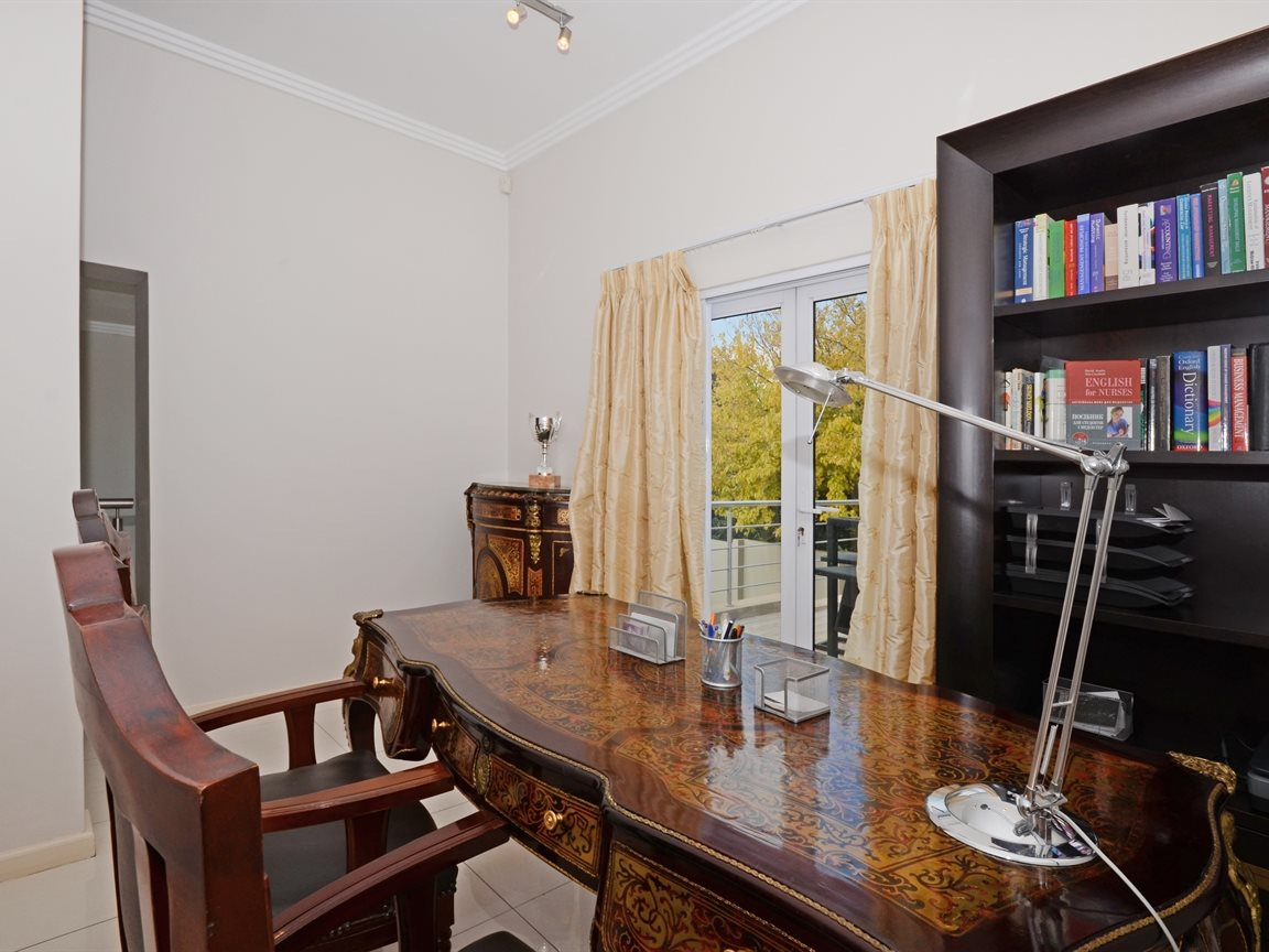 Morningside property for sale. Ref No: 13336984. Picture no 13