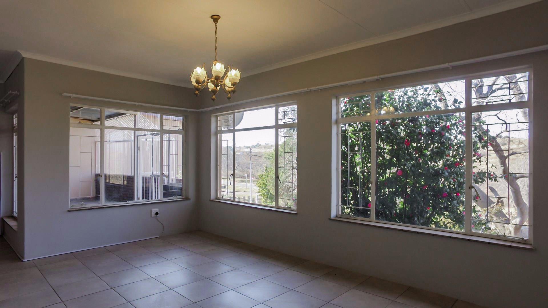 Erasmia property for sale. Ref No: 13379466. Picture no 22