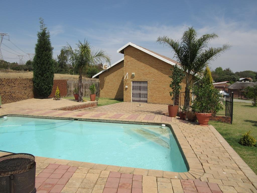 Centurion, Mnandi Property  | Houses For Sale Mnandi, Mnandi, House 10 bedrooms property for sale Price:3,150,000