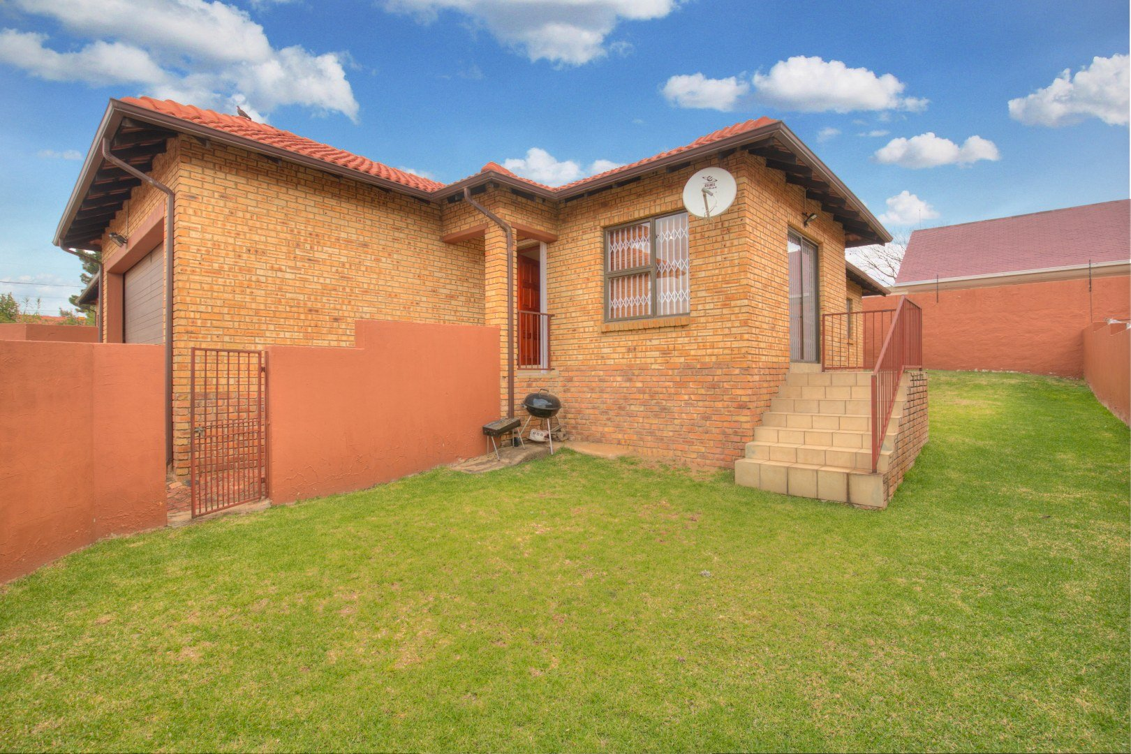 Johannesburg, Risana Property  | Houses For Sale Risana, Risana, Townhouse 3 bedrooms property for sale Price:980,000