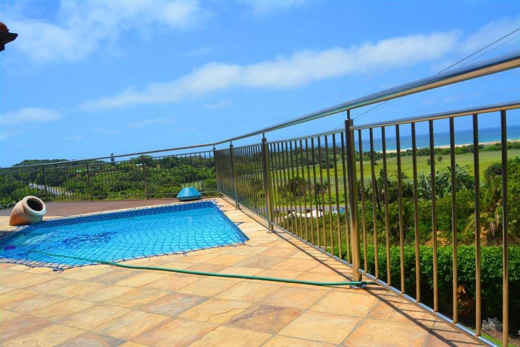 Shelly Beach property for sale. Ref No: 13284586. Picture no 28