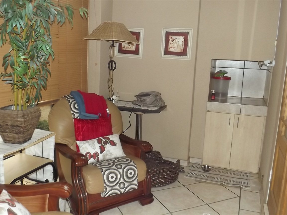 Vanderbijlpark property for sale. Ref No: 12781896. Picture no 10