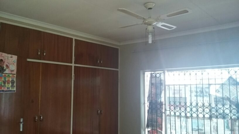 Theresapark property for sale. Ref No: 13564457. Picture no 9