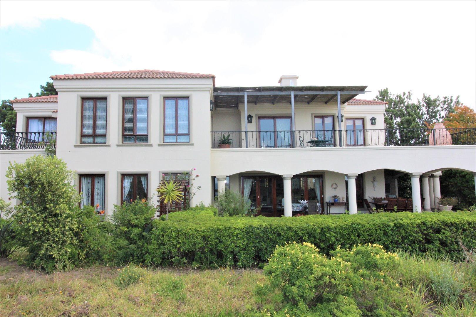 Plettenberg Bay property for sale. Ref No: 13555177. Picture no 3