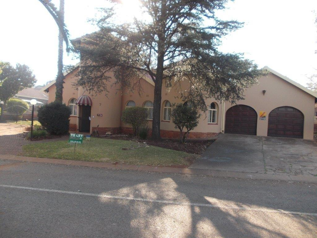 Property and Houses to rent in Gauteng - Page 2, House, 3 Bedrooms - ZAR , 13,00*,M