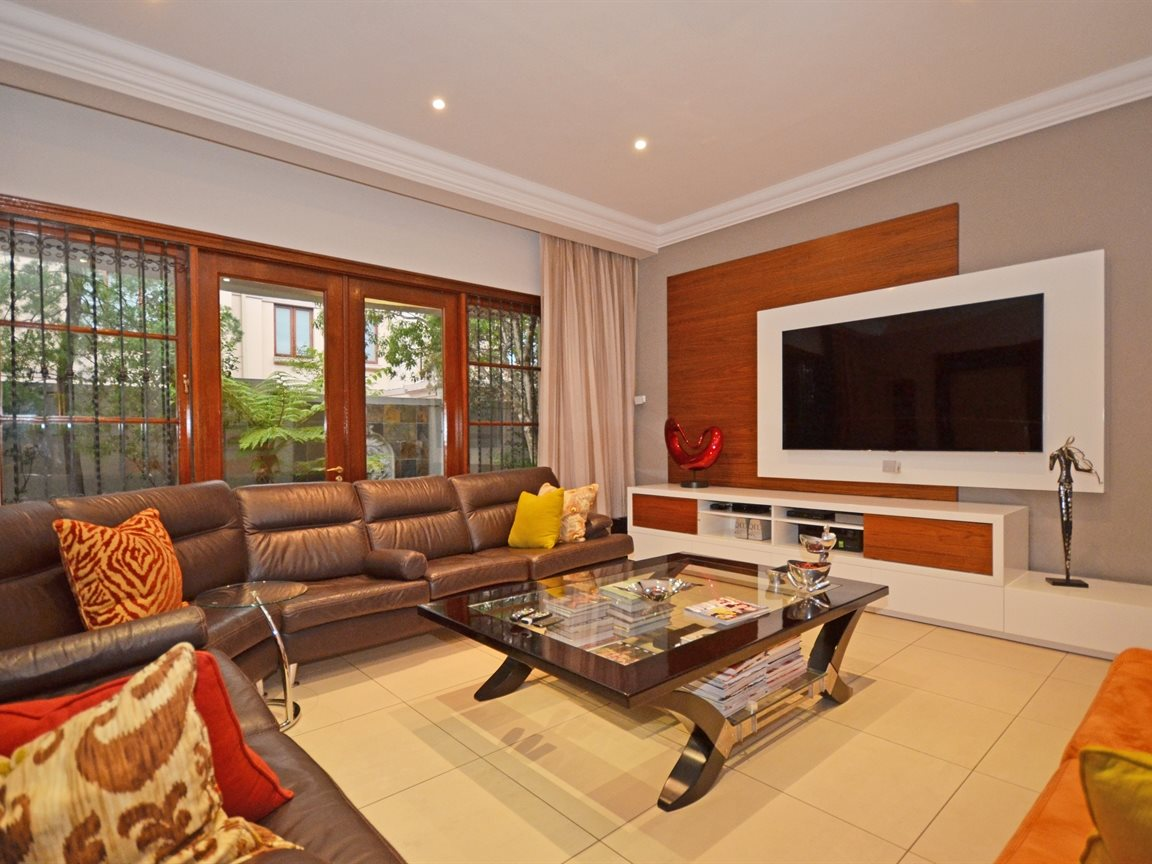 Morningside property for sale. Ref No: 13338027. Picture no 4
