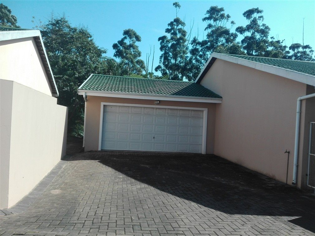 Uvongo property for sale. Ref No: 13370033. Picture no 2