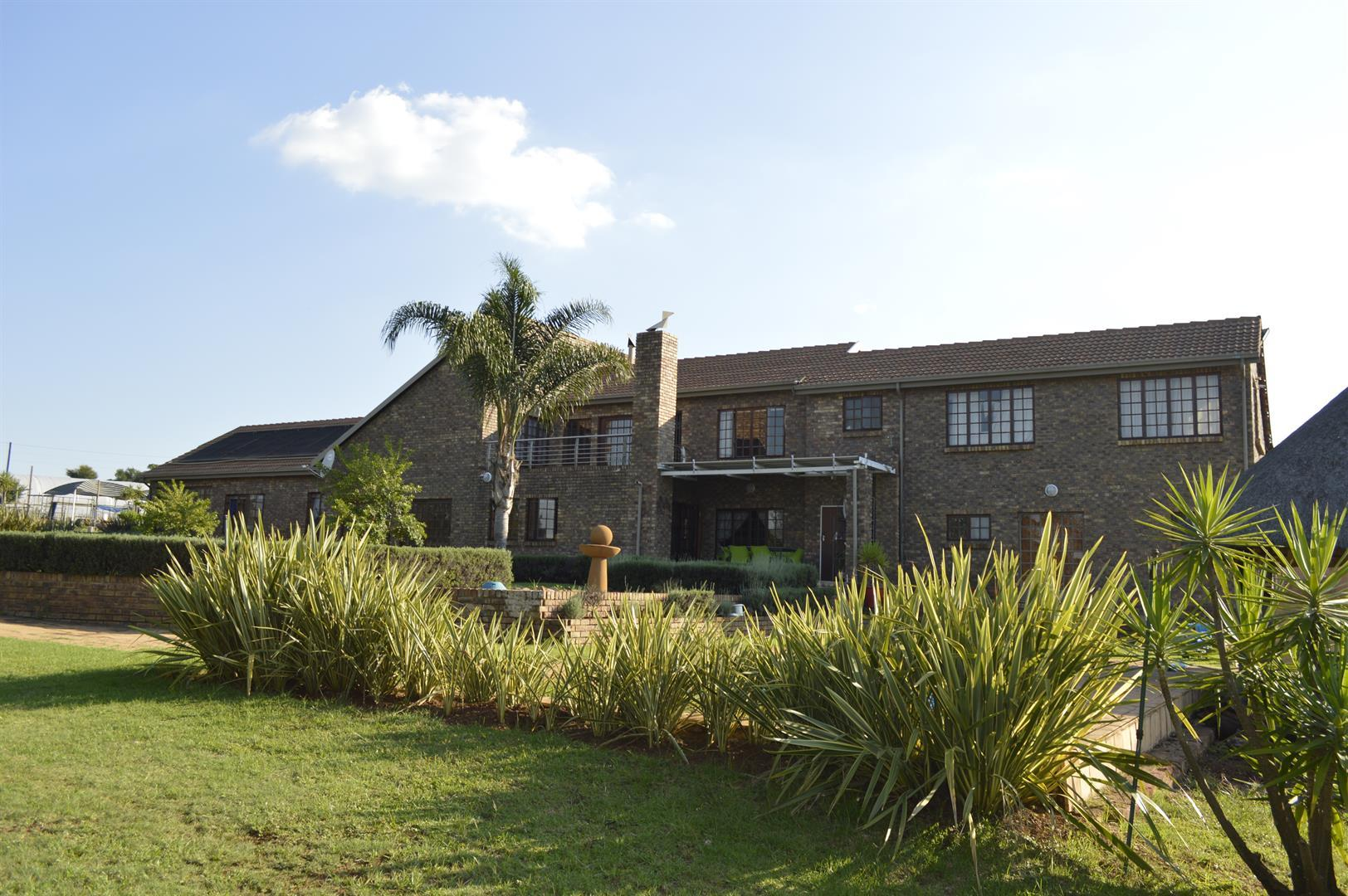 Centurion, Raslouw A H Property  | Houses For Sale Raslouw A H, Raslouw A H, House 5 bedrooms property for sale Price:3,975,000