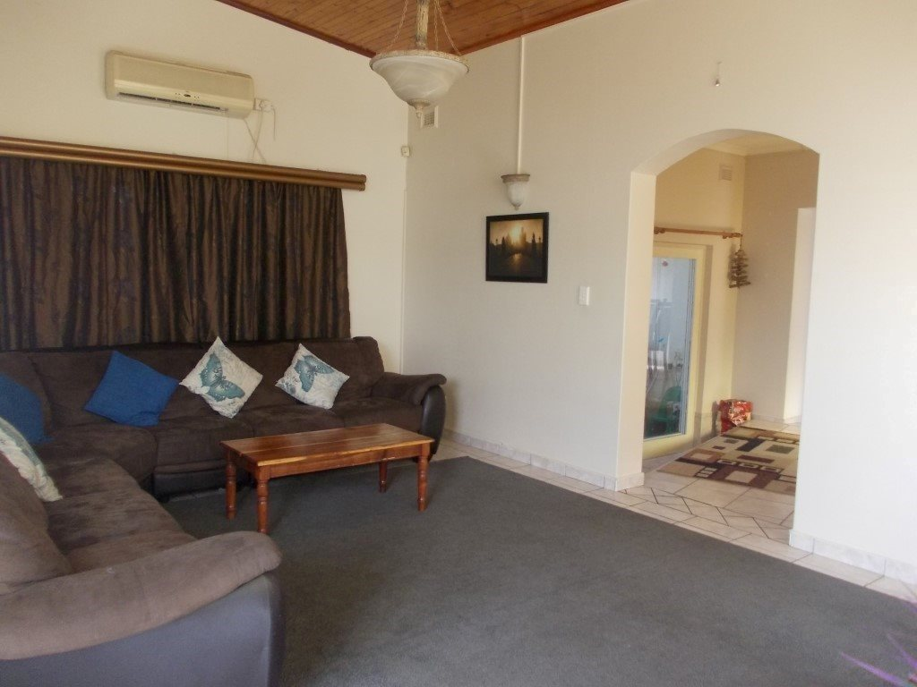 Shelly Beach property for sale. Ref No: 13229990. Picture no 12